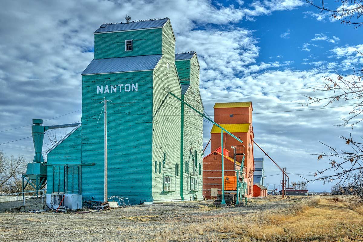 Nanton elevator row