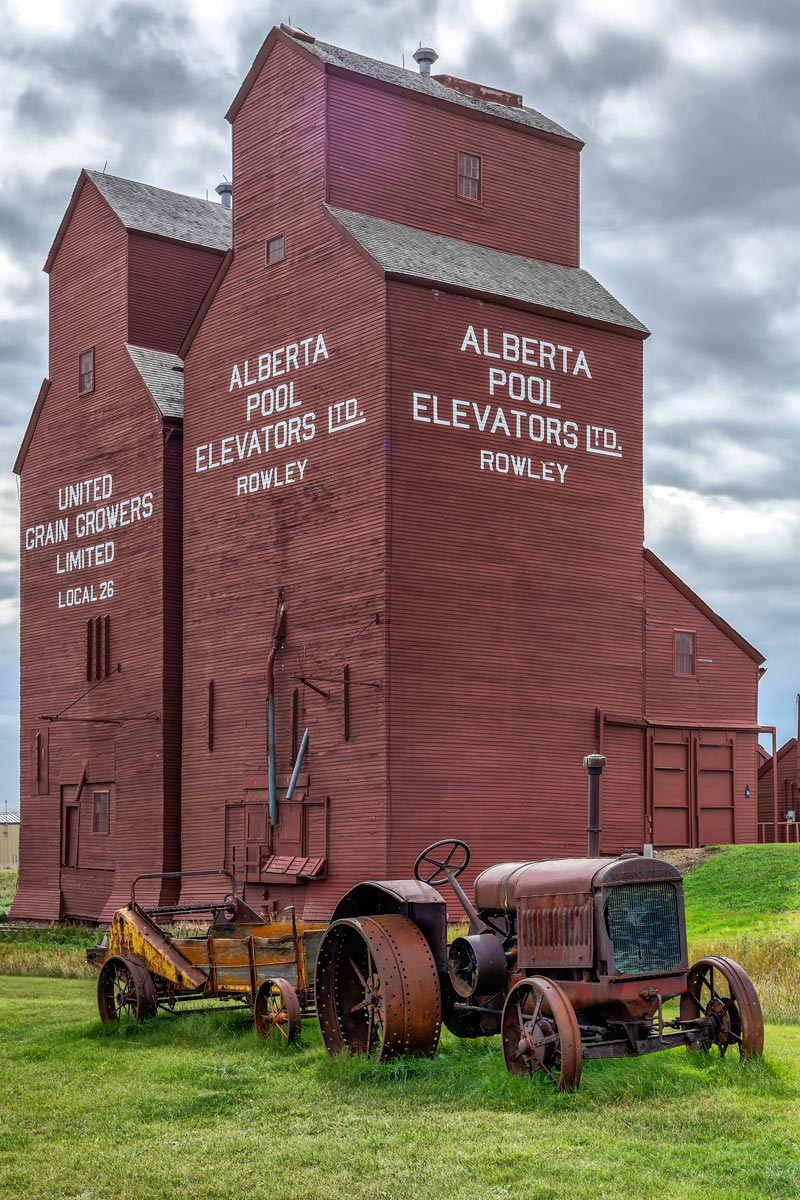 the prairie sentinels from Rowley, Alberta